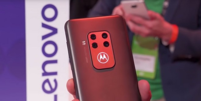 Motorola One Zoom si avvicina (finalmente) ad Android 10 - image  on https://www.zxbyte.com