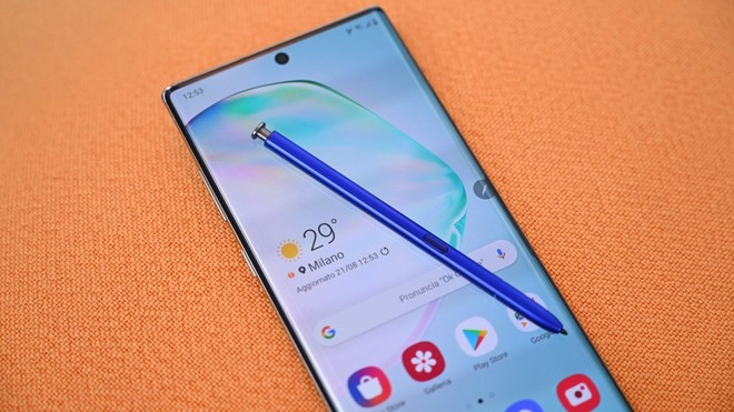 Samsung Galaxy Note 10: in distribuzione le patch di aprile e One UI 2.1 - image  on https://www.zxbyte.com