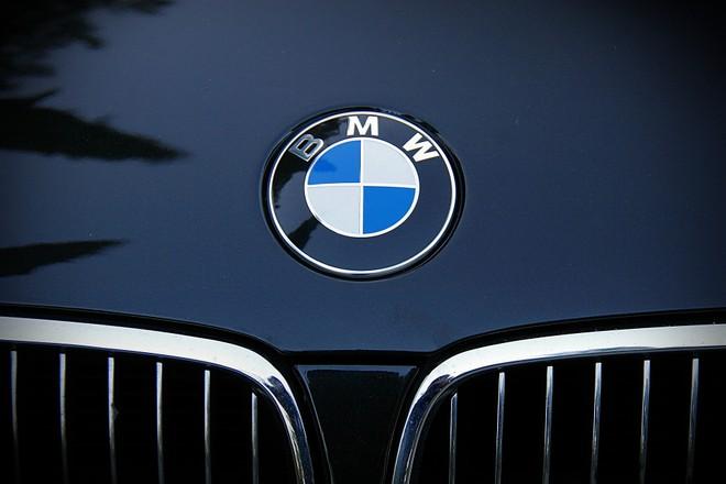 BMW, per aprire l'auto basterà avere l'iPhone in tasca - image  on https://www.zxbyte.com