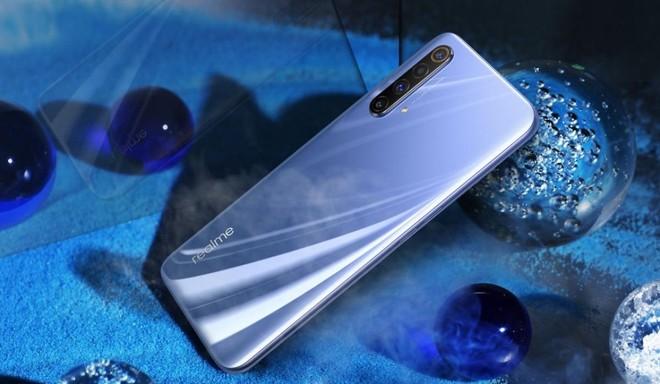 Realme X50 5G pronto al debutto in Italia: 8 luglio evento di lancio - image  on https://www.zxbyte.com