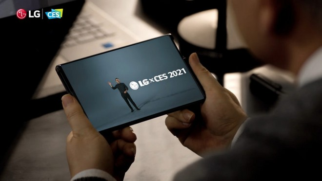 LG Rollable: lo smartphone arrotolabile potrebbe non arrivare mai - image  on https://www.zxbyte.com