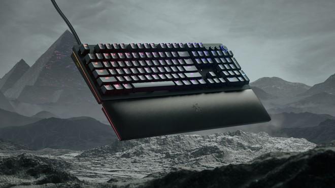 Razer, quante novità: tastiera Huntsman V2 e dock Thunderbolt 4 | Prezzi - image  on https://www.zxbyte.com