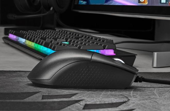 Corsair KATAR PRO XT: mouse gaming velocissimo e leggero | Prezzo - image  on https://www.zxbyte.com