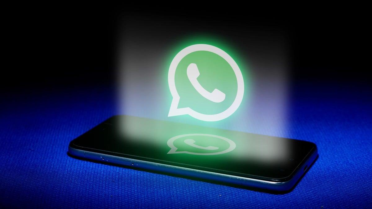 WhatsApp, la nuova informativa privacy n …