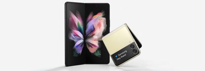 Galaxy Z Fold 3 e Z Flip 3 certificati per la resistenza ai liquidi ma non alla polvere - image  on https://www.zxbyte.com